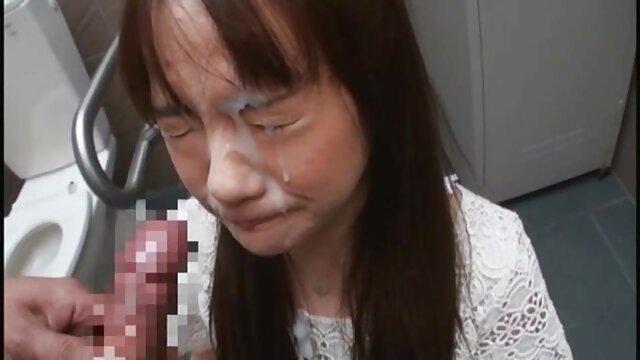 Hot porno tidak terdaftar  Seorang gadis cantik yang mengambilnya dari bokep kakek jepang selingkuh belakang.
