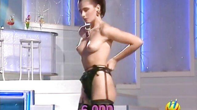Hot porno tidak terdaftar  Pakaian coklat yang seksi video jepang kakek Taggart cocok dengannya.