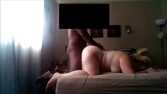 Hot porno tidak terdaftar  Pacar muda menyukai ayam jago semi jepang kakek dari belakang.