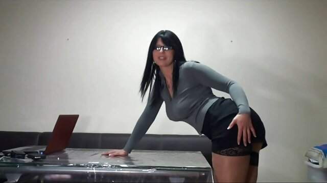 Hot porno tidak terdaftar  Valerie White mencoba untuk sex jepang kakek sugiono berubah.