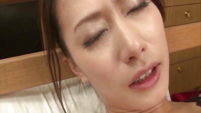 Hot porno tidak terdaftar  POPI bokeb jepang kakek sugiono tidak sabar untuk menahan mulut terbuka.