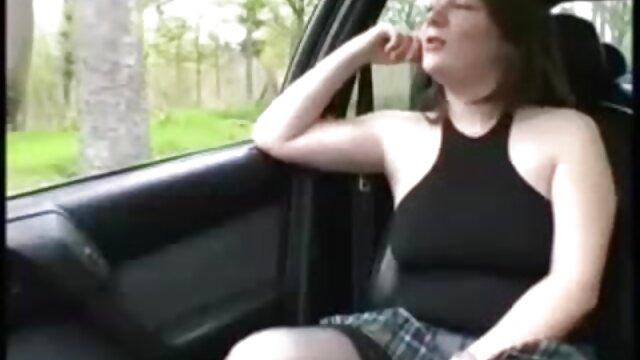 Hot porno tidak terdaftar  Priscilla Barnes-Mallrats bokep japanese kakek