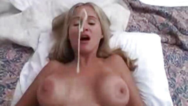 Hot porno tidak terdaftar  Perawat, semi jepang kakek membawanya di kamar mandi.