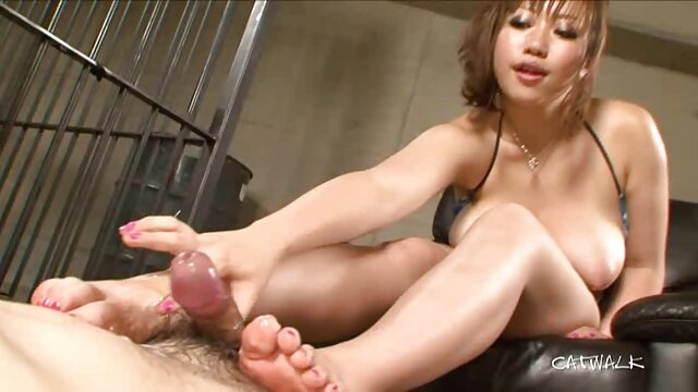 Hot porno tidak terdaftar  Sakura OOA memimpin ayam jantan ke bokep jepang kakek dan cucu vagina, mouth-more Slurpjpp com
