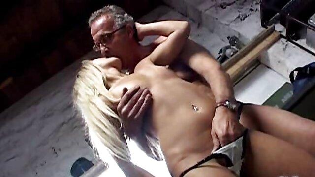 Hot porno tidak terdaftar  Getaran panas bokep jepang kakek bermain
