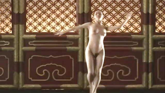 Hot porno tidak terdaftar  Penari telanjang Carolina Martin berhenti setelah menari bokep kakek vs menantu jepang di Polandia untuk menghisap Penis Hitam.