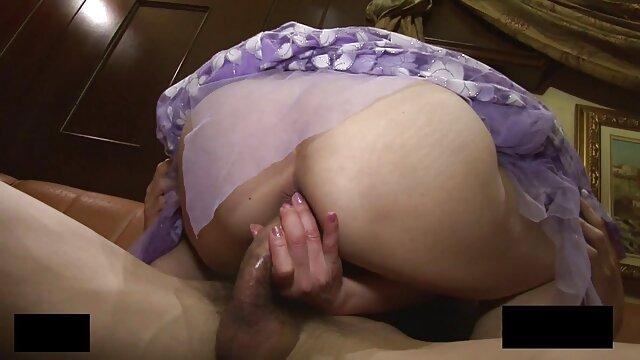 Hot porno tidak terdaftar  Sebuah coklat, jauh di bokep kakek vs menantu jepang dalam video.