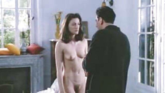 Hot porno tidak terdaftar  Dani and the bokep kakek kakek jepang Angels ' Summer House