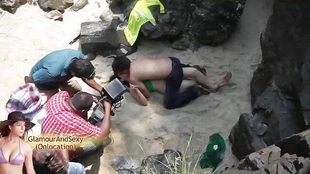 Hot porno tidak terdaftar  Si pirang dengan xxx jepang kakek raksasa.