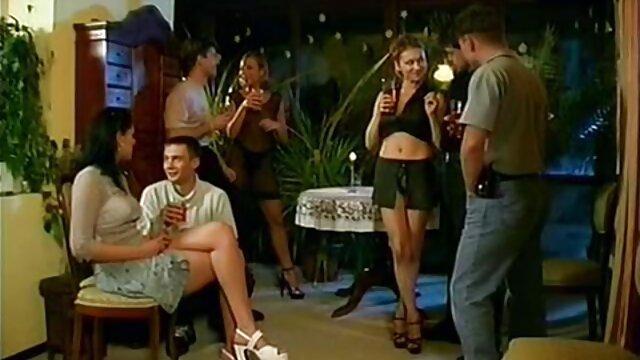 Hot porno tidak terdaftar  Brown Fakeager seksi adalah video bokeb kakek jepang video amatir.