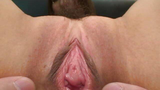 Hot porno tidak terdaftar  Dua kelompok, seorang pria dalam bokeb jepang kakek tiga cara.